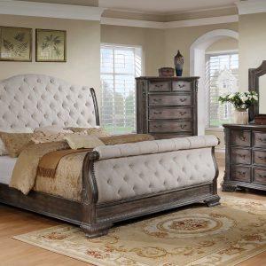klasikiniai miegamojo baldai